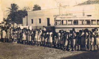 Embarque em ônibus da Viação Santo Antonio