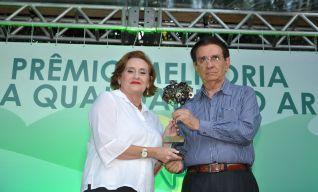 Magda Kokay e Renato Aragão
